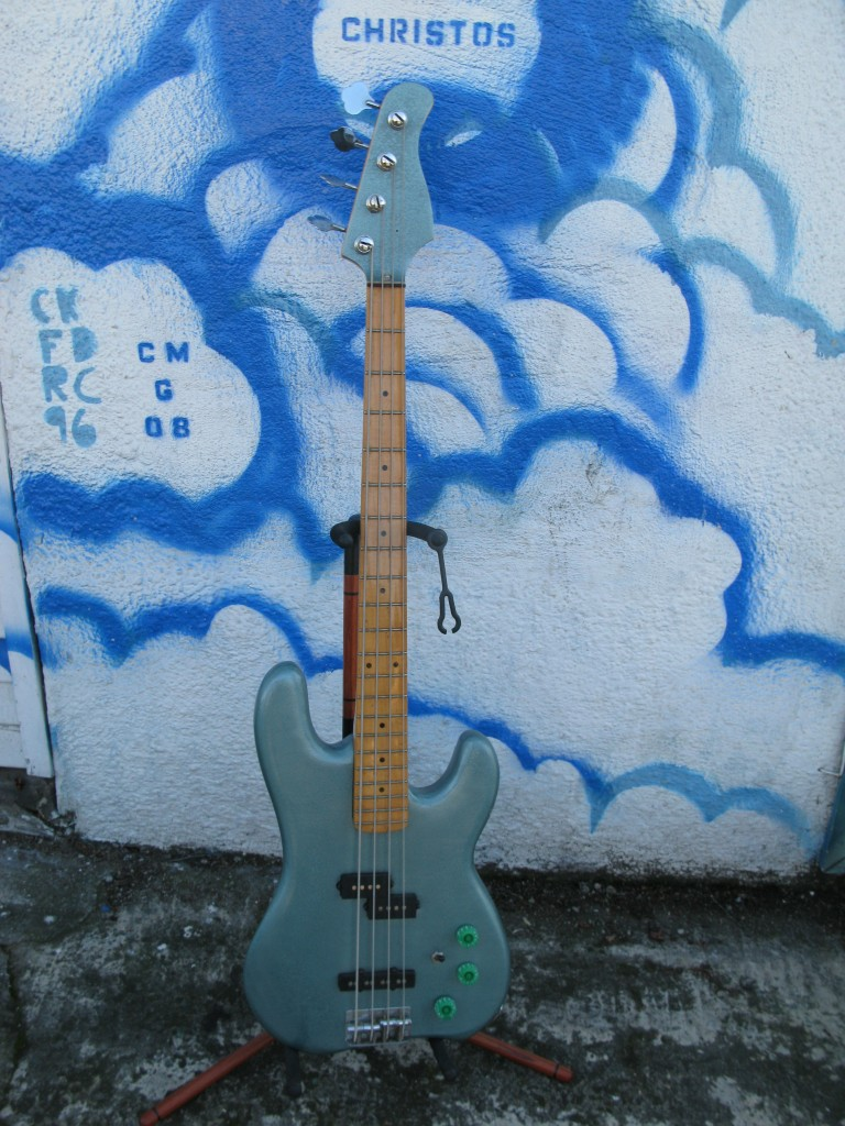 Subway Custom Bass