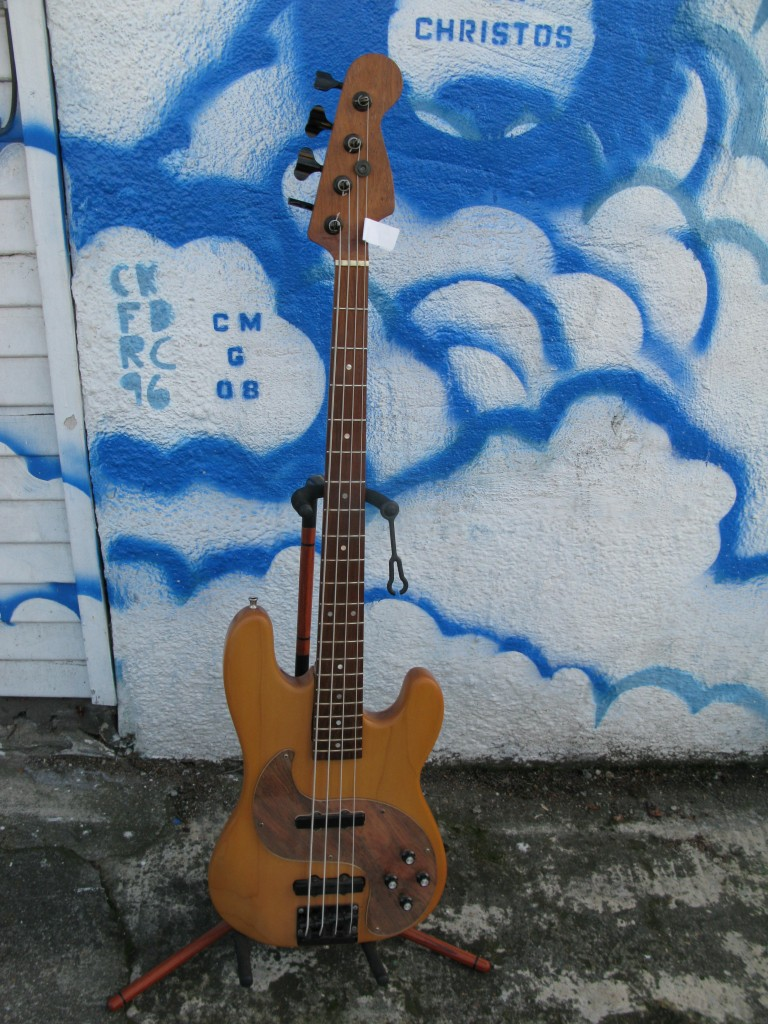 Custom Subway S Bass