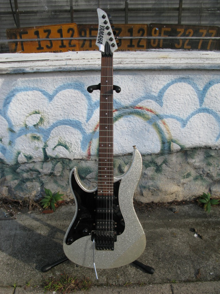 Left-Handed Yamaha RGZ612 Electric Guitar