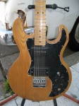 2013-2-4 5458 -- For Sale Pevey T-60 Electric Guitar