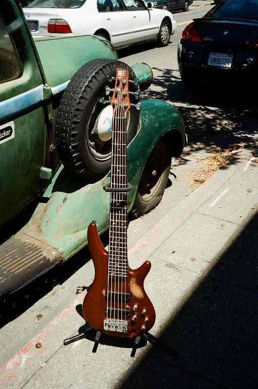 Ibanez 6-string bass