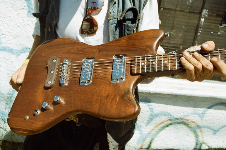 Walnut Baritone by Sarah (EZ's vote: Best Baritone Of The Year)