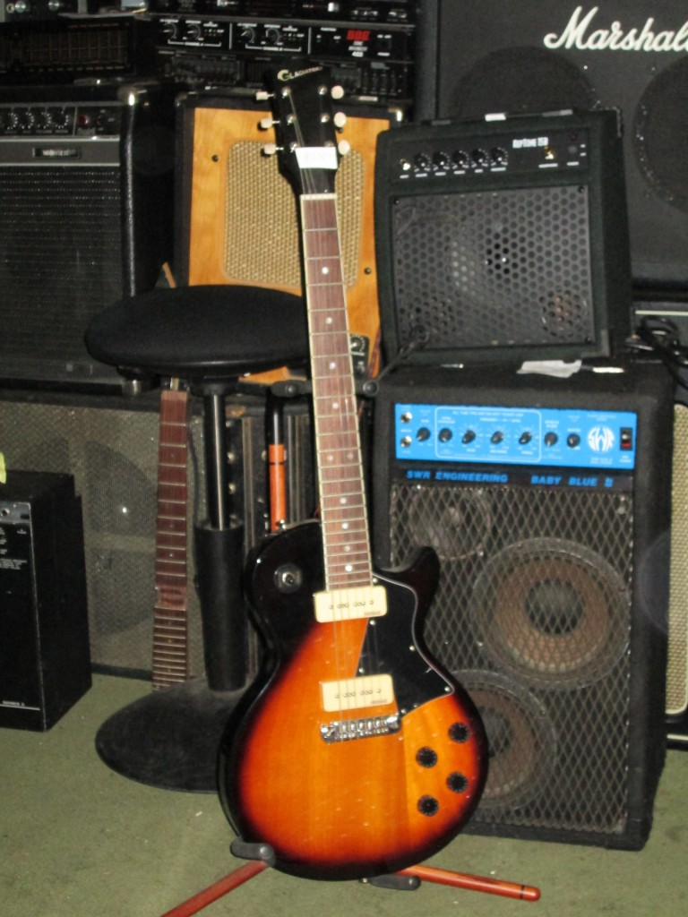 Set neck Gladiator LP Special $300