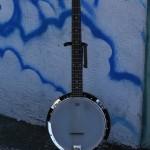 6 string banjo $250