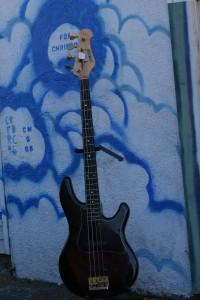 Yamaha active jazz bass BB1500 $500