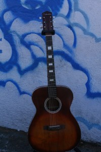 Refurbished 1960 Silvertone/Harmony 000 Birch $275
