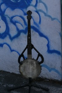 "old banjo ""The Celebrated Benary"" will fix"