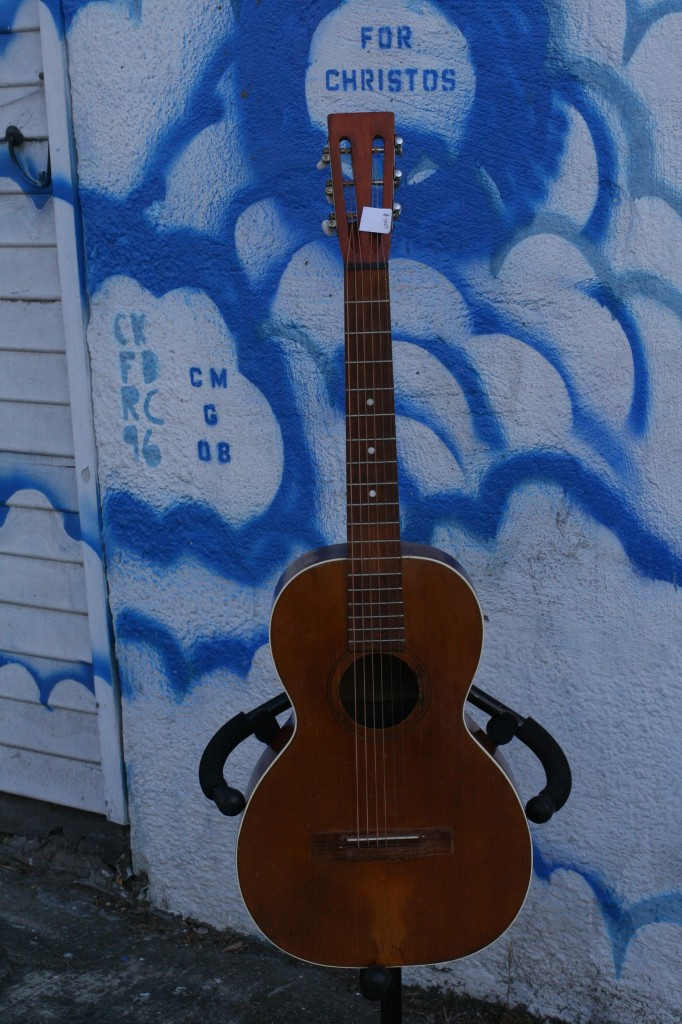 "1920s 0-size parlor ""Silvia"" reset neck, spruce and maple $500"