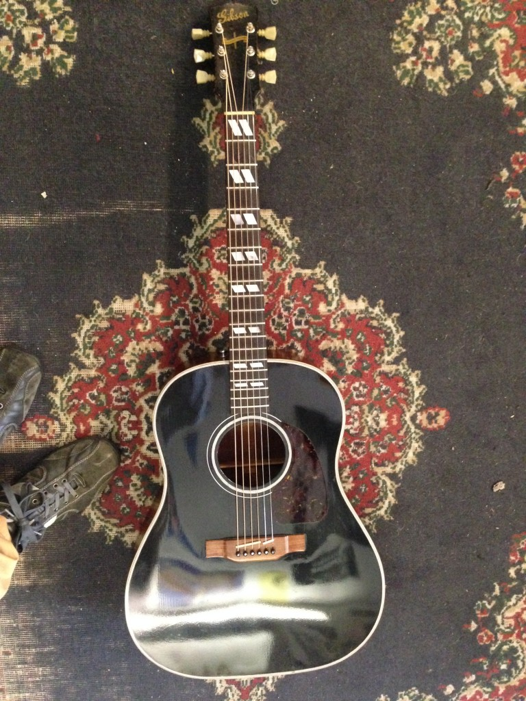 "1943 Gibson Southern Jumbo, reworked, great condition, ""Only A Gibson Is Good Enough"" 4000"