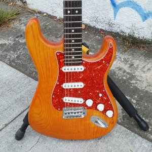 Subway custom strat USA Fender corona body lite ash warmoth rosewood birdseye maple v neck VHT pickups $ $700