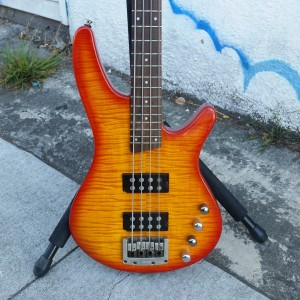 Ibanez active Humbucking bass flame cup $350