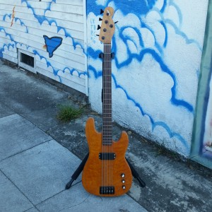 Subway custom 5 string Tele bass super flame top, Birdseye maple Mark Johnson neck Alembic pickups Bartolini preamp $900