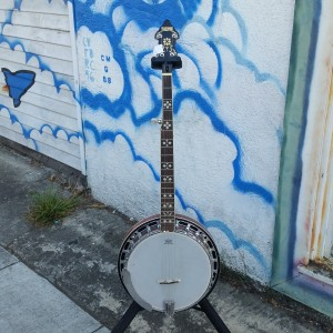 Recording King fancy banjo $400