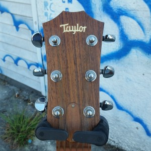 1996 000-18 Taylor all mahogany 412M $1900